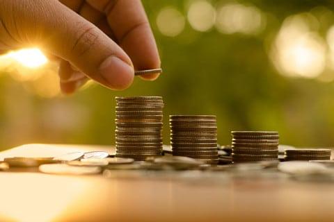 sone con monedas significado